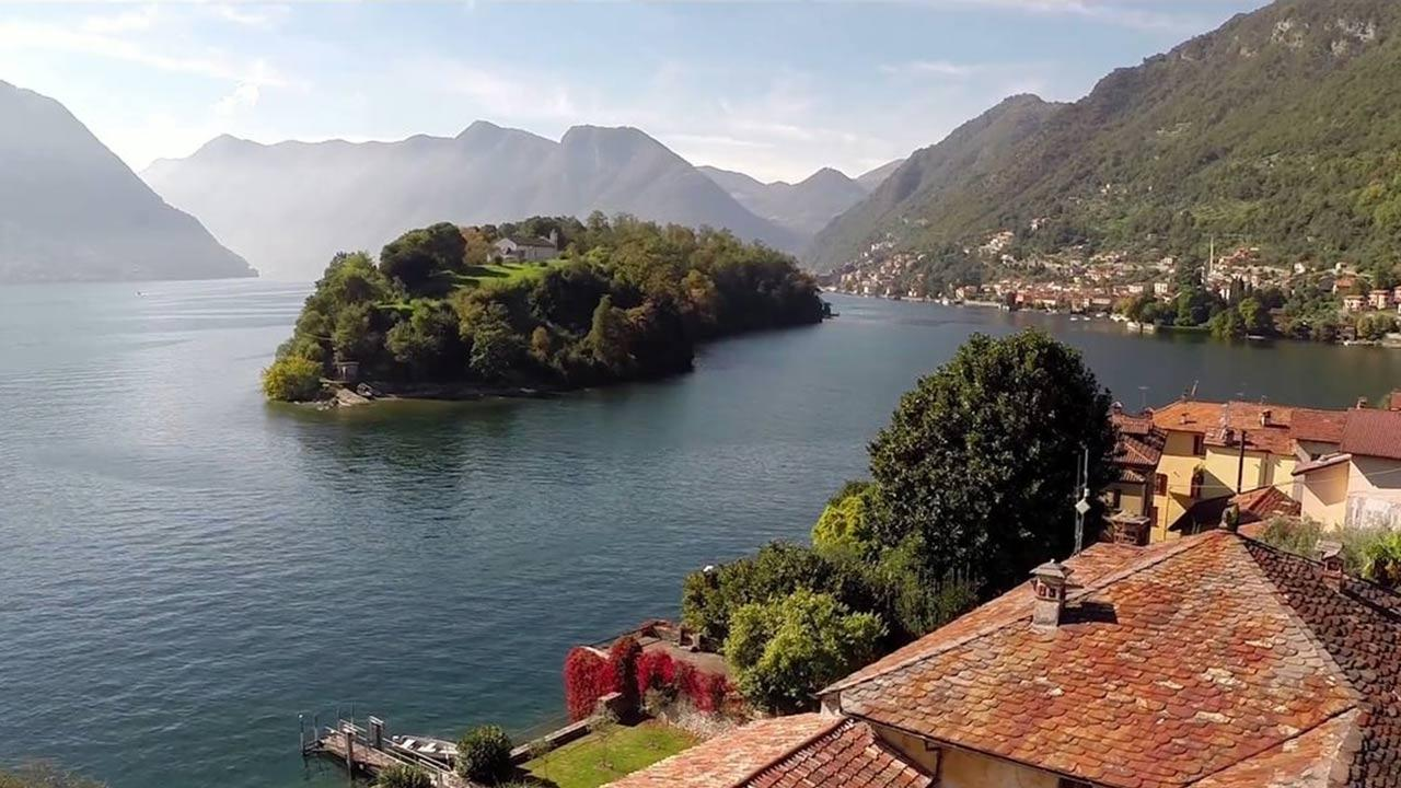 video-productions-tower-house-on-the-lake-italy-vimeo-thumbnail